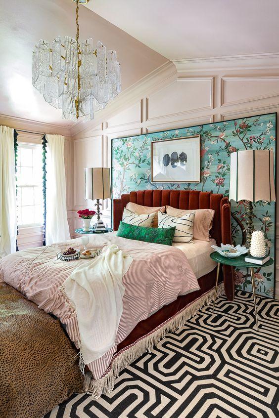 Bedroom Lighting Ideas: Dazzling Chandelier