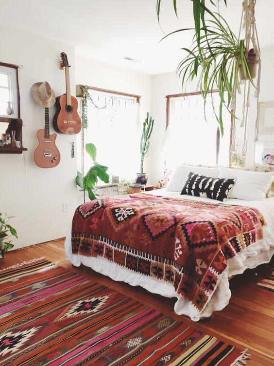 Bohemian Bedroom Ideas: Never Skip Pattern