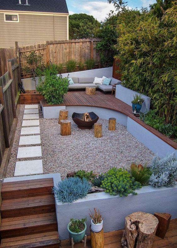 backyard sitting area ideas 19