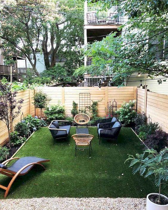 Backyard Sitting Area Ideas: Adorable Small Area