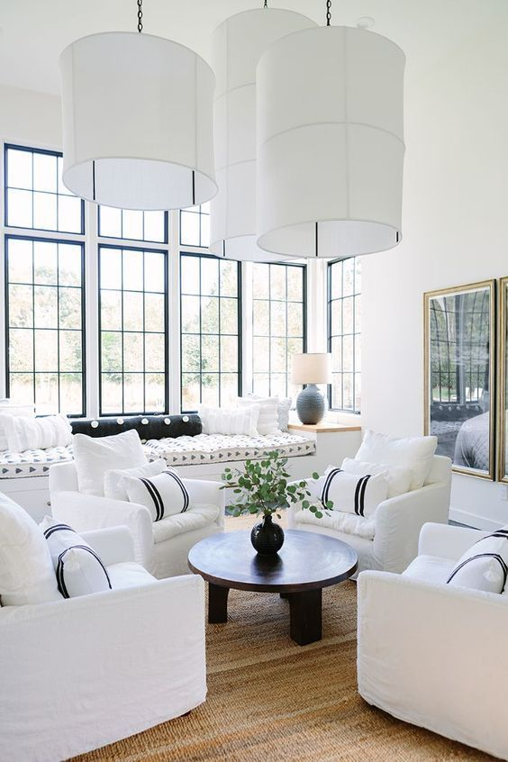 Formal Living Room Ideas: Stunning Black and White