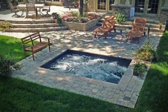 hot tub outdoor 19