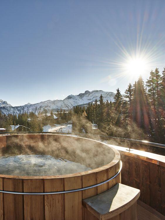 hot tub outdoor 6