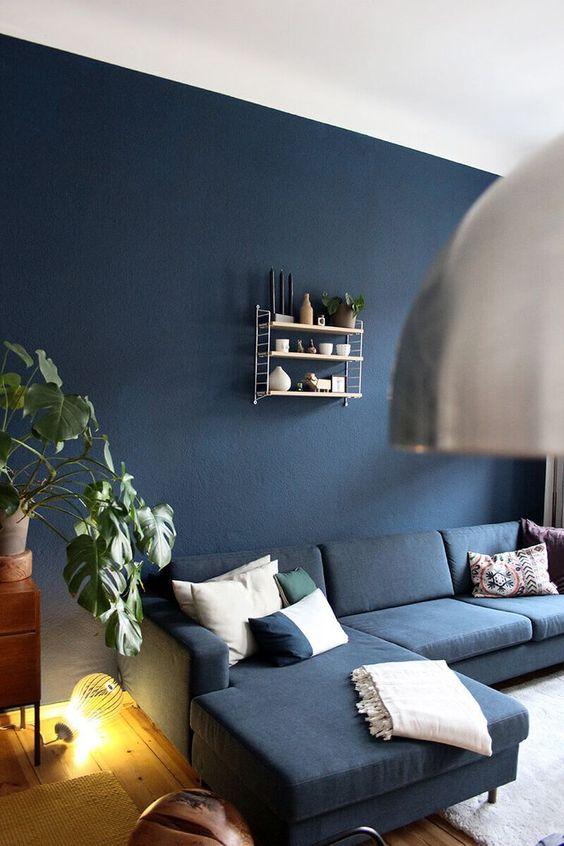 navy living room ideas 19