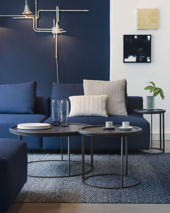 navy living room ideas 7