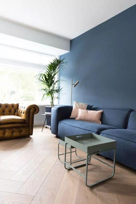 navy living room ideas 9