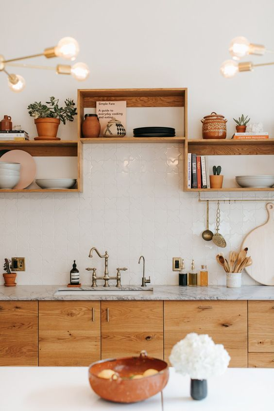Kitchen Shelves Ideas: Stylish Wooden Shelves