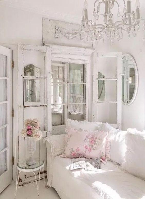 Shabby Chic Living Room Ideas: Elegant and Lovely
