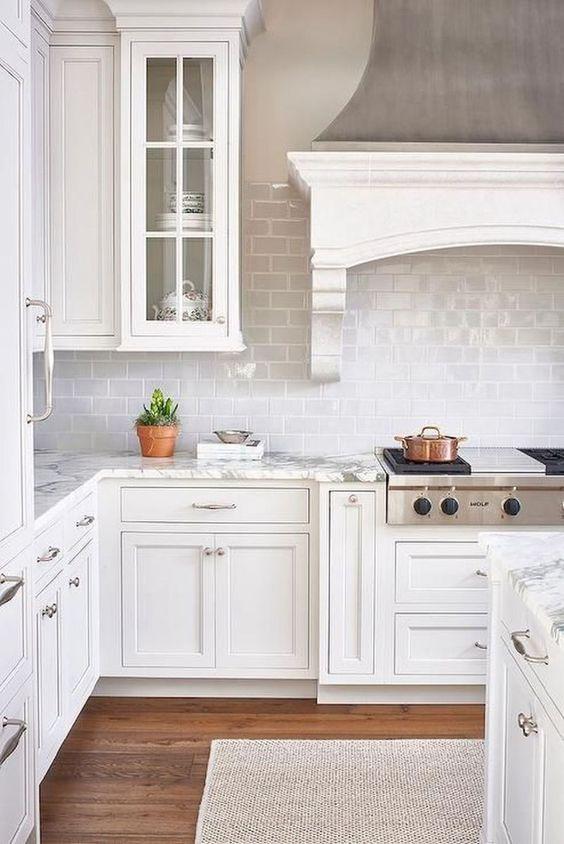 White Kitchen Ideas: Spotless White kitchen