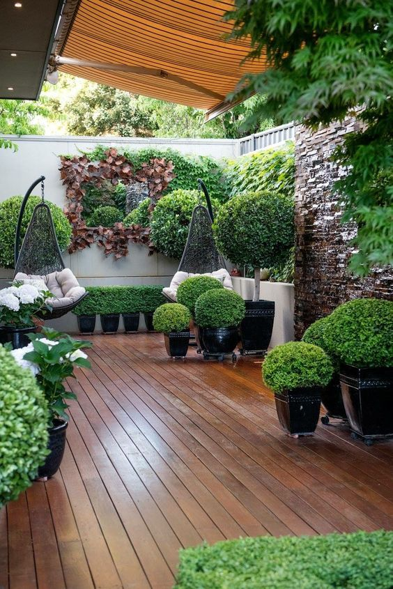 Backyard Inspiration Ideas: Fresh and Airy Garden