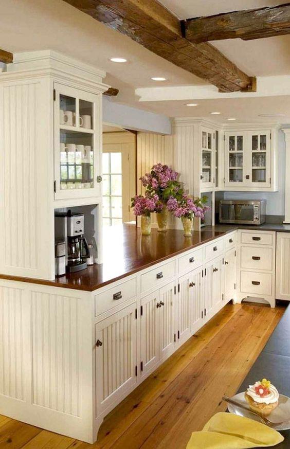 Farmhouse Kitchen Ideas: Chic Farmhouse Kitchen