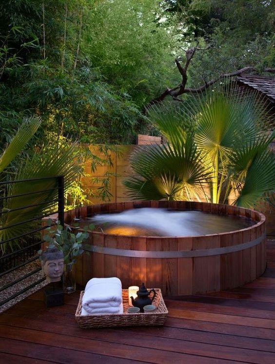 Hot Tub Ideas: Beautiful Wooden Tub
