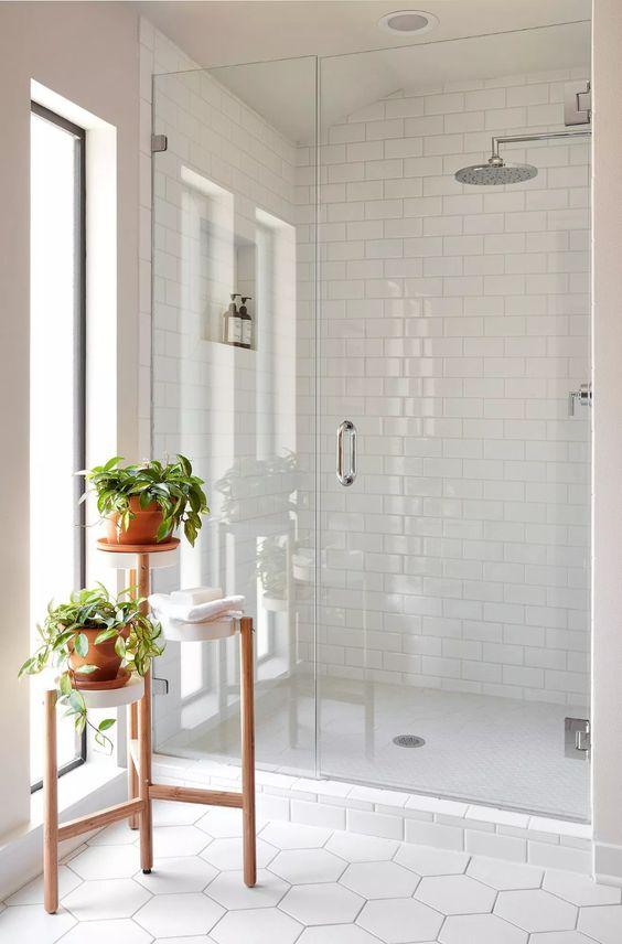 White Bathroom Ideas: Tiled-Wall Bathroom