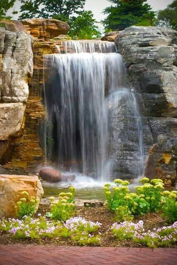 Backyard Water Feature Ideas 14