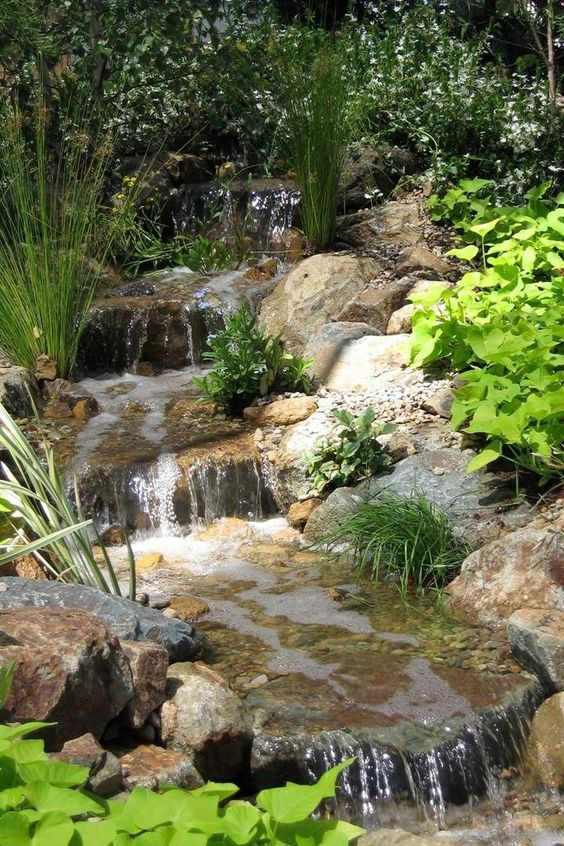 Backyard Water Feature Ideas 8