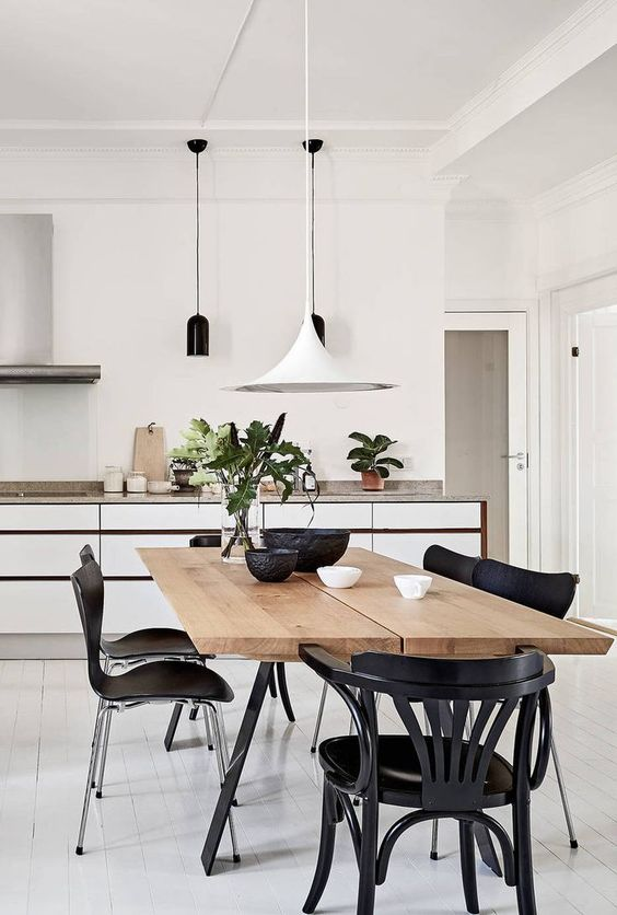Minimalist Dining Room Ideas: Modern Earthy Vibe