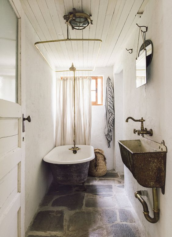 Vintage Bathroom Ideas 13