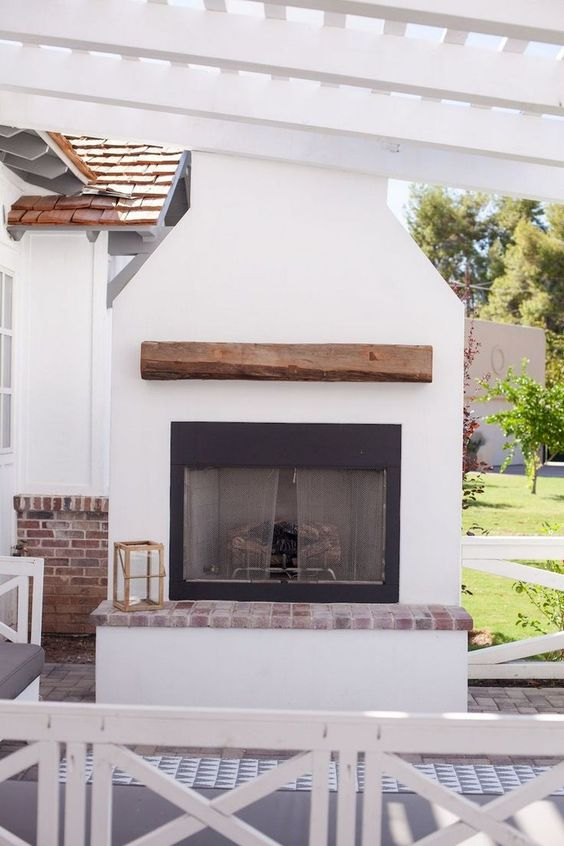 Backyard Fireplace Ideas 16