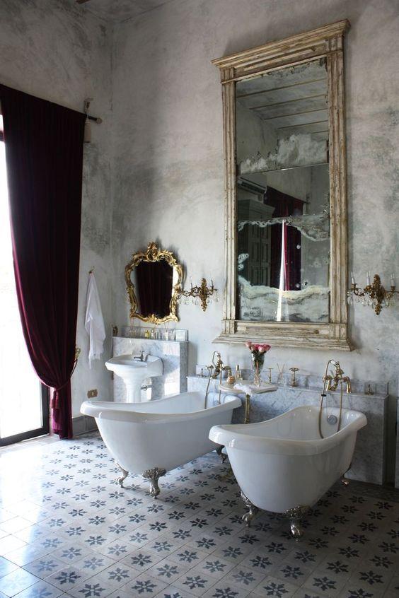 Luxury Bathroom Ideas: Luxurious Vintage Nuance